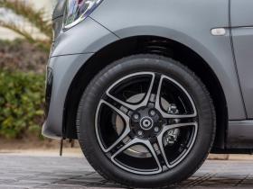 Ver foto 7 de Smart fortwo cabrio EQ pulse 2020