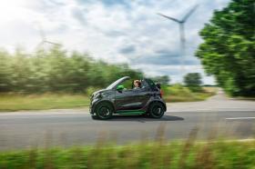 Ver foto 10 de Smart fortwo cabrio electric drive 2017