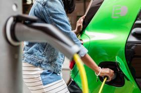 Ver foto 40 de Smart fortwo cabrio electric drive 2017