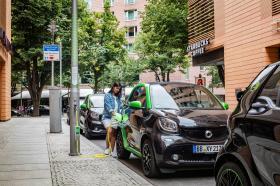 Ver foto 5 de Smart fortwo cabrio electric drive 2017