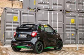 Ver foto 26 de Smart fortwo cabrio electric drive 2017