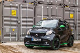 Ver foto 24 de Smart fortwo cabrio electric drive 2017