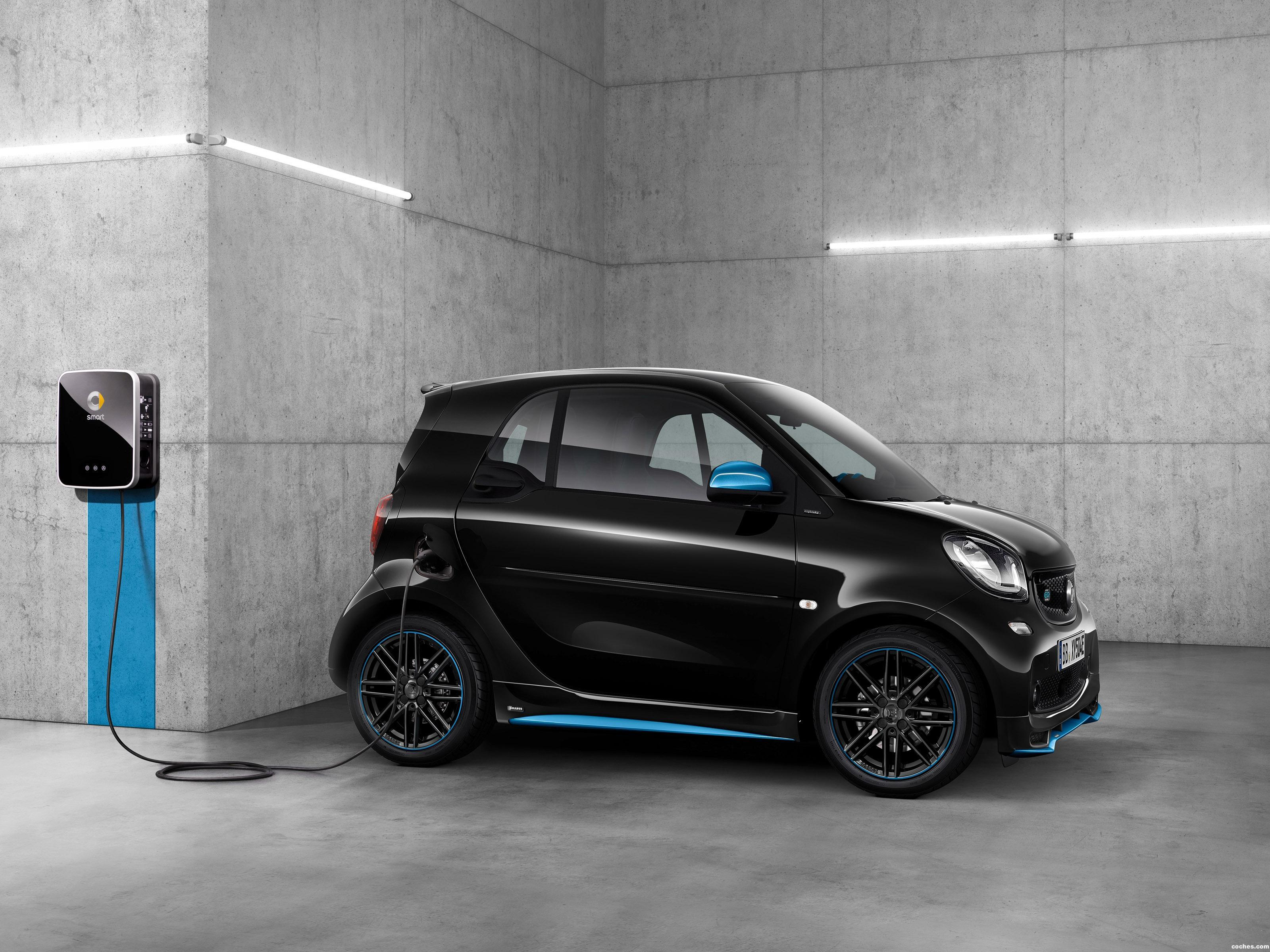 Foto 1 de Smart ForTwo EQ Edition Nightsky Coupe  2018