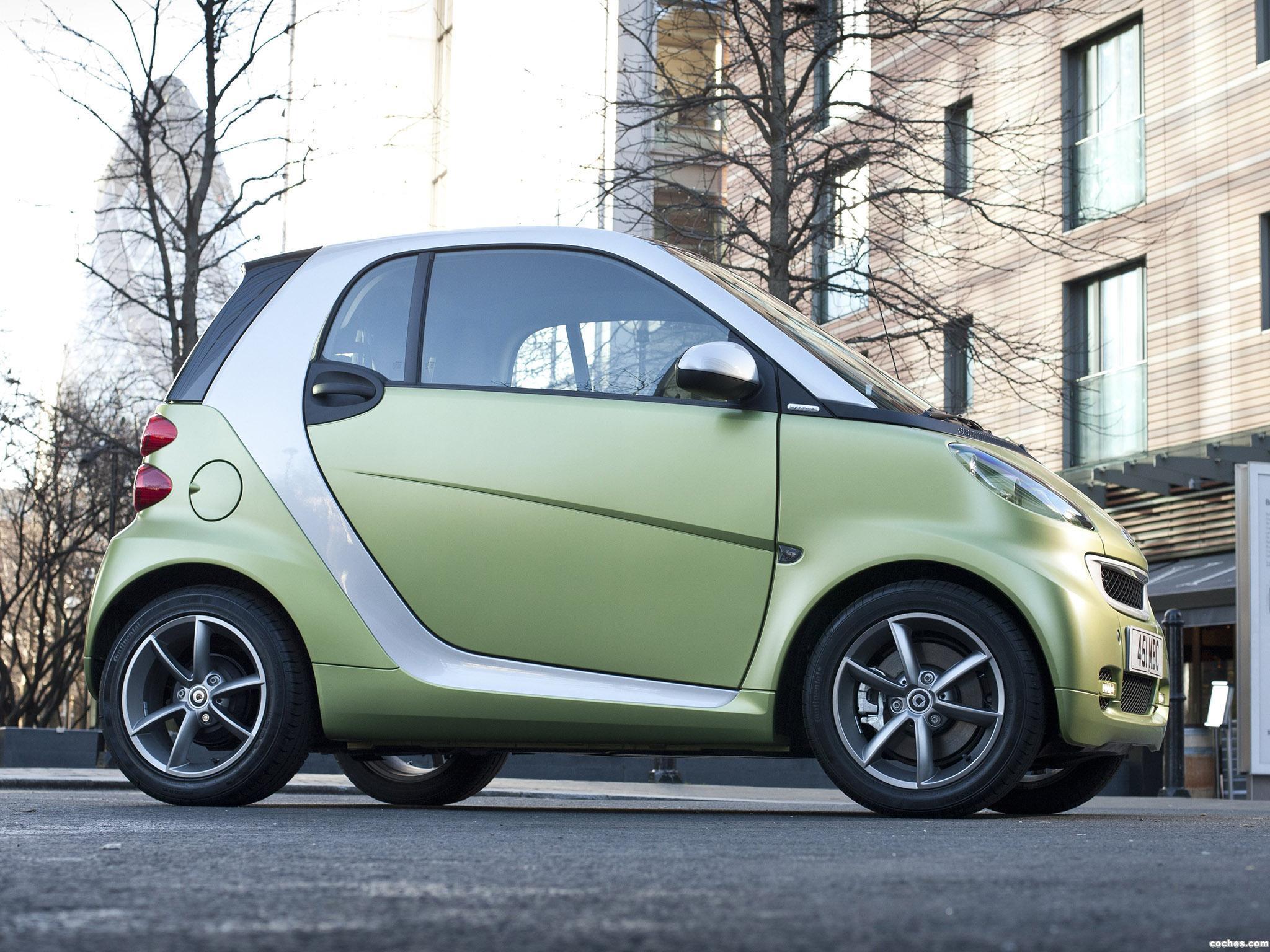 Foto 1 de Smart ForTwo Lightshine Edition UK 2011