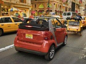 Ver foto 7 de Smart ForTwo Cabrio Passion 2007