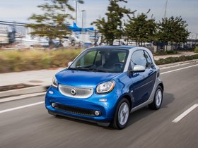 Ver foto 4 de Smart ForTwo Passion Electric Drive Coupe USA 2017