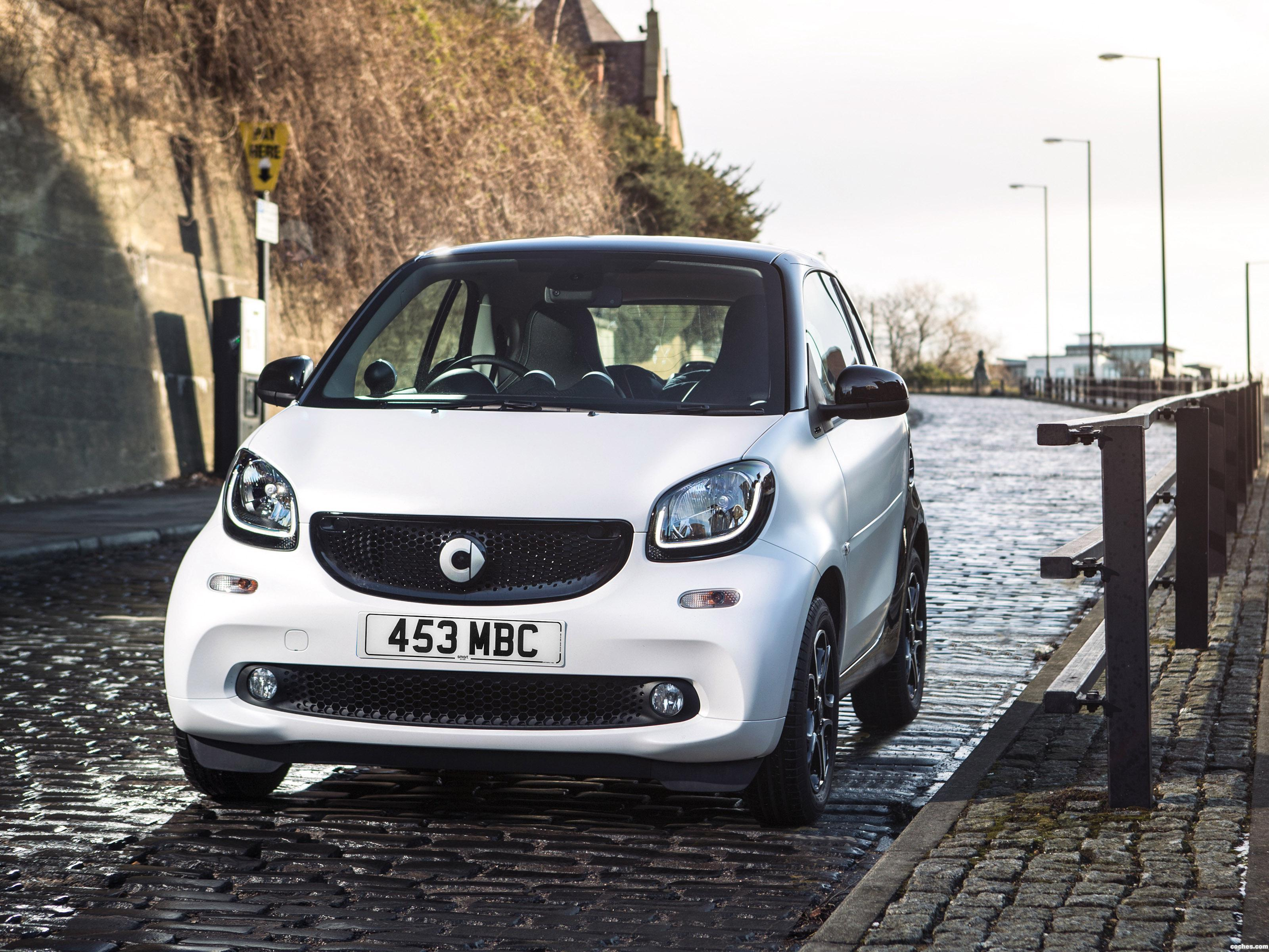 Foto 0 de Smart ForTwo Prime Coupe UK 2015