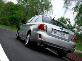 Ver foto 5 de Subaru Impreza 2.0R Sedan 2008