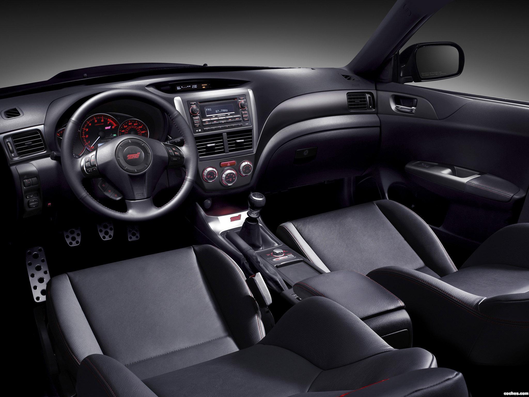 Foto 6 de Subaru Impreza WRX STi Sedan USA 2010
