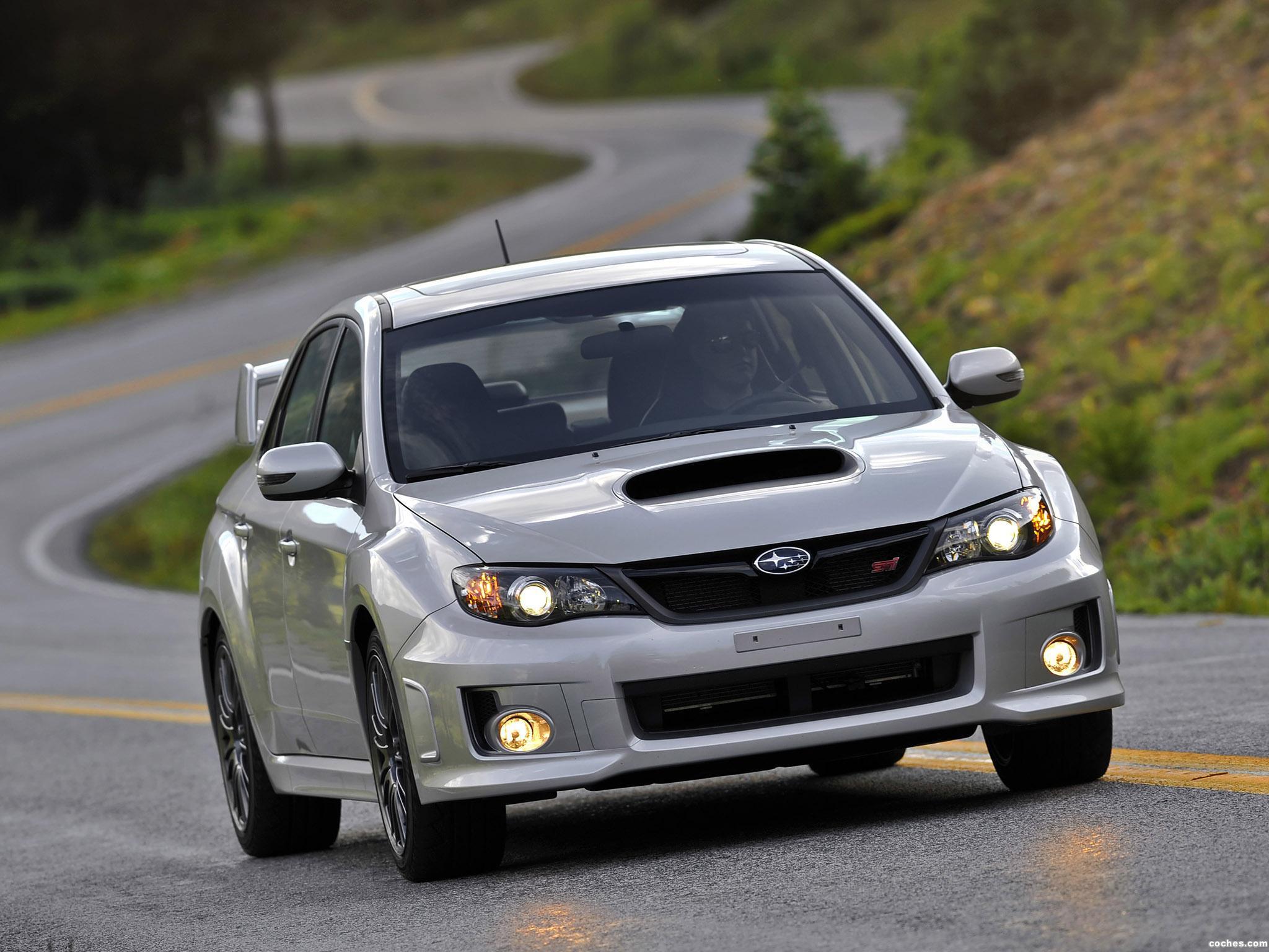 Foto 14 de Subaru Impreza WRX STi Sedan USA 2010