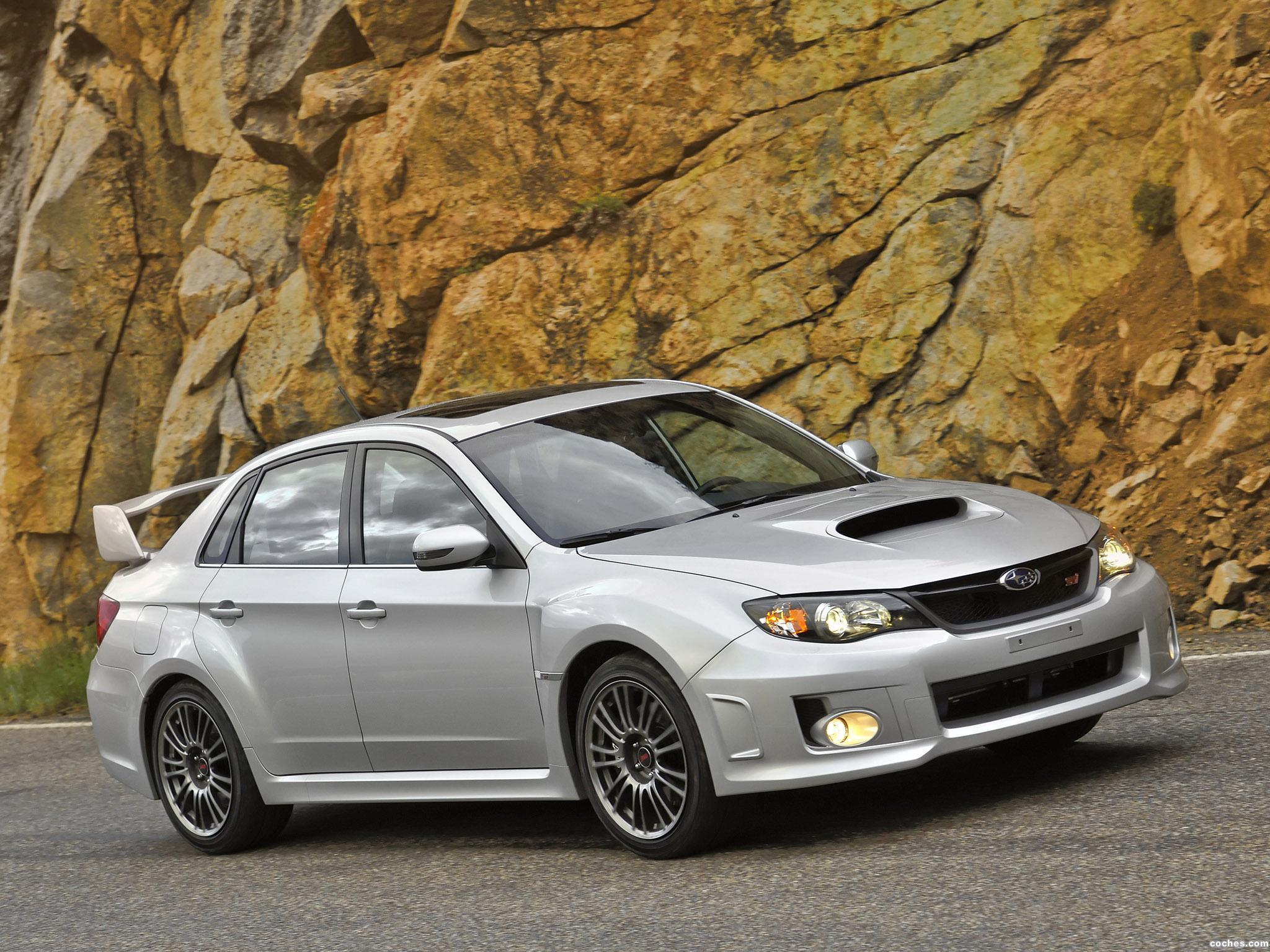 Foto 12 de Subaru Impreza WRX STi Sedan USA 2010