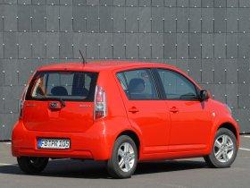 Ver foto 2 de Subaru Justy 2008