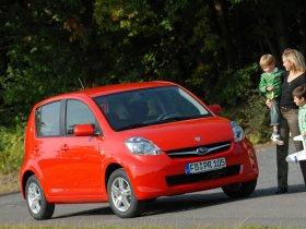Ver foto 12 de Subaru Justy 2008