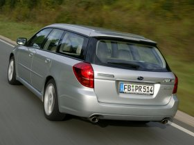Ver foto 10 de Subaru Legacy Combi 2005