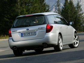 Ver foto 16 de Subaru Legacy Combi 2005