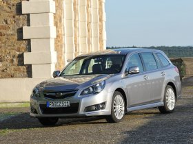 Fotos de Subaru Legacy Wagon 2009