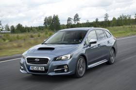 Fotos de Subaru Levorg 4WD 2015