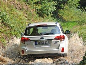 Ver foto 11 de Subaru Outback 2.0d 2009