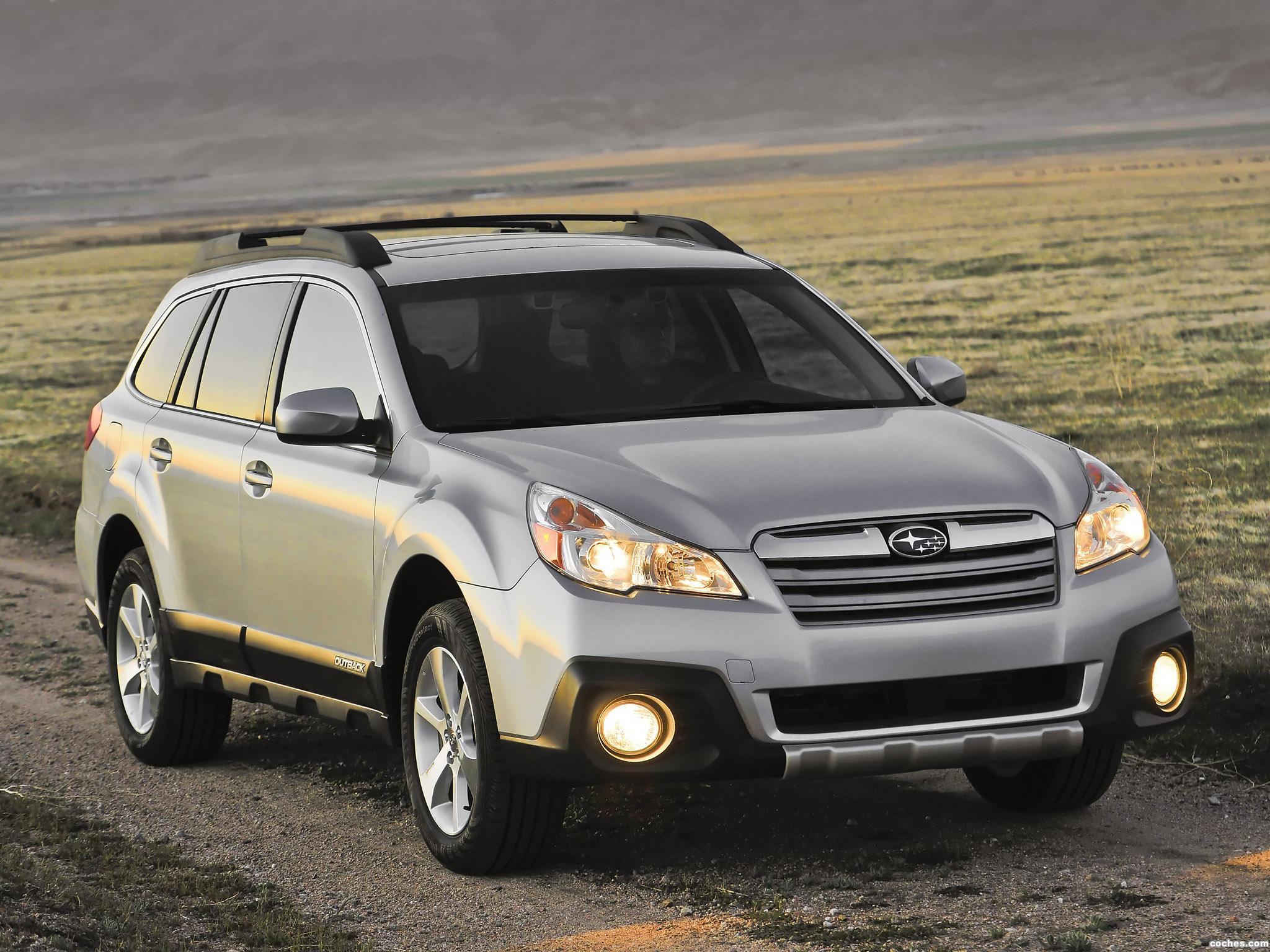 Foto 0 de Subaru Outback 2.5i USA 2012