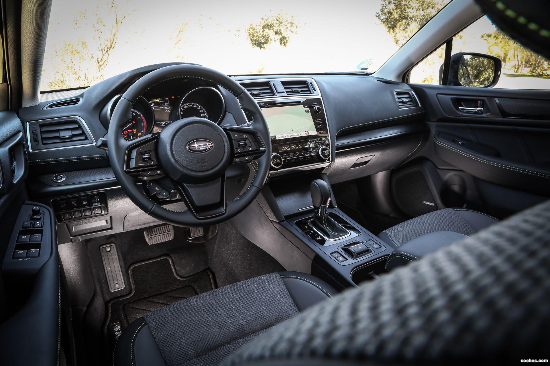 Foto 16 de Subaru Outback Eco Bi-Fuel Black Edition 2019