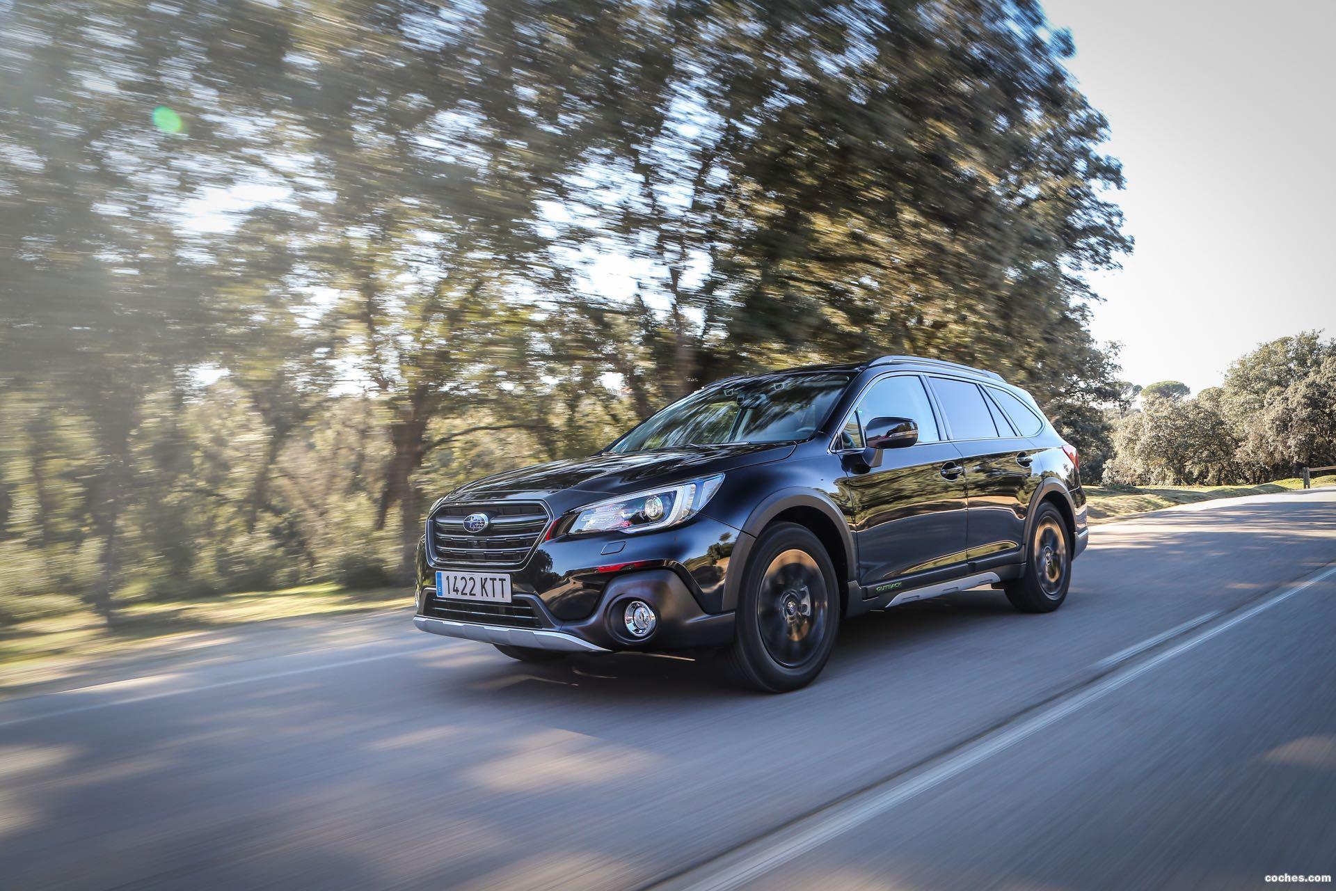 Foto 4 de Subaru Outback Eco Bi-Fuel Black Edition 2019