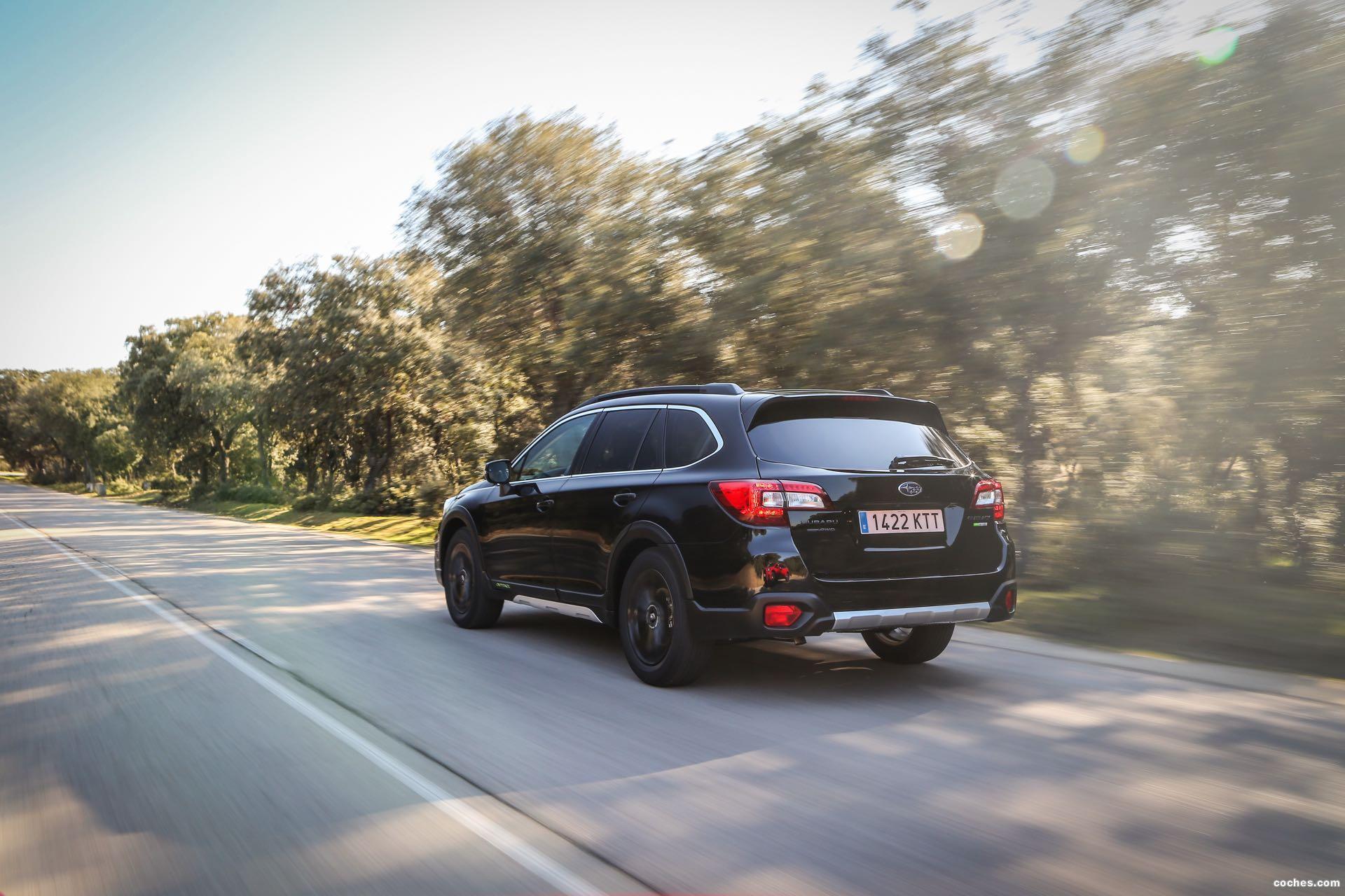 Foto 19 de Subaru Outback Eco Bi-Fuel Black Edition 2019
