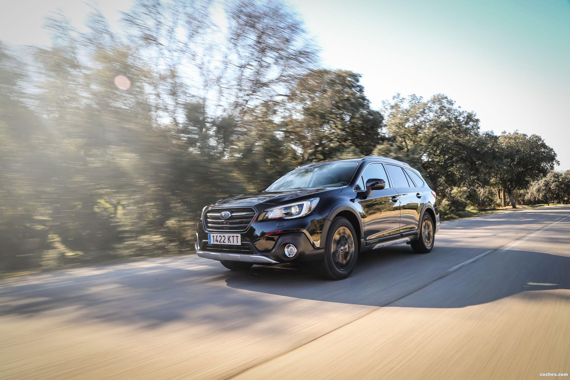 Foto 17 de Subaru Outback Eco Bi-Fuel Black Edition 2019