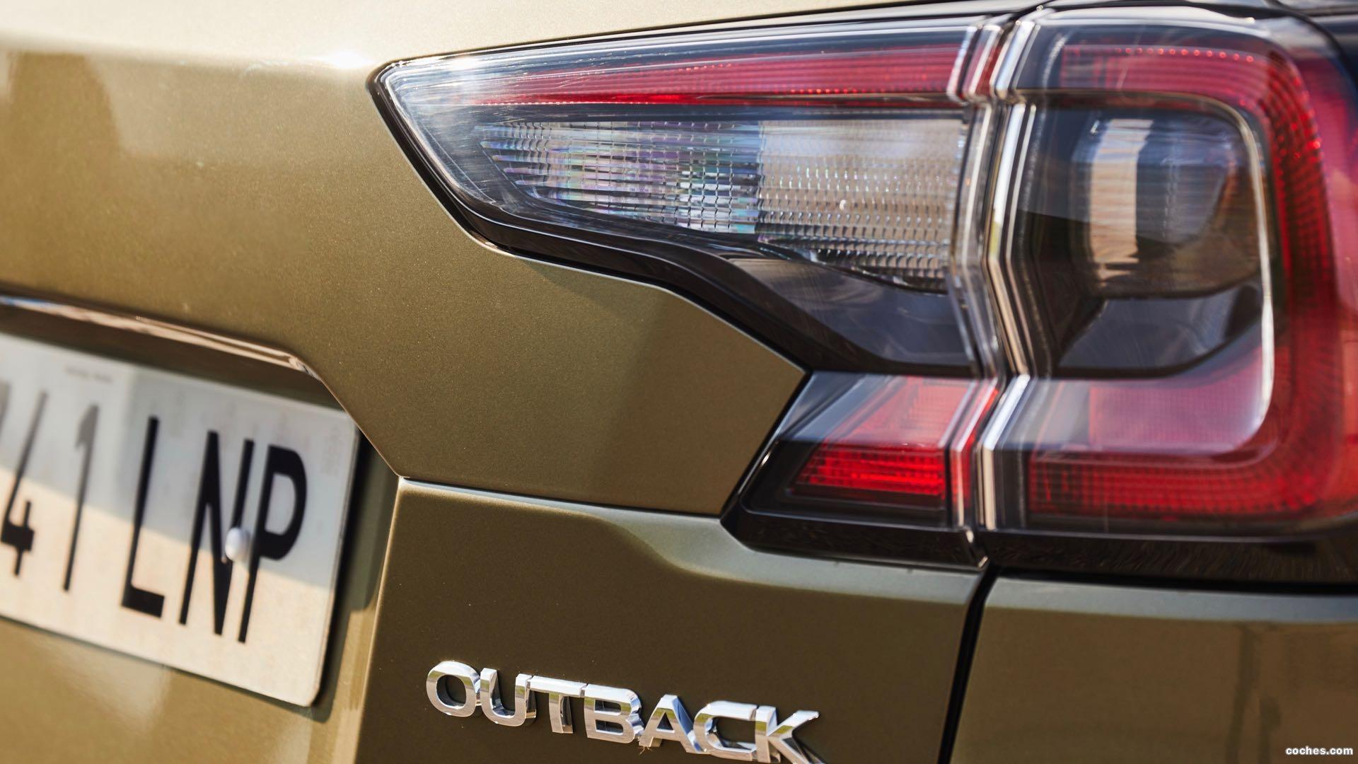 Foto de SUBARU Outback SUV