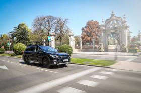 Ver foto 3 de Subaru Outback Eco Bi-Fuel Black Edition 2019