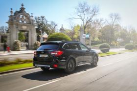 Ver foto 1 de Subaru Outback Eco Bi-Fuel Black Edition 2019