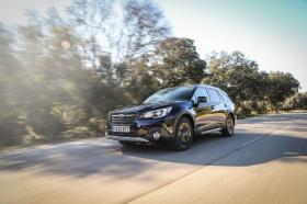 Ver foto 18 de Subaru Outback Eco Bi-Fuel Black Edition 2019
