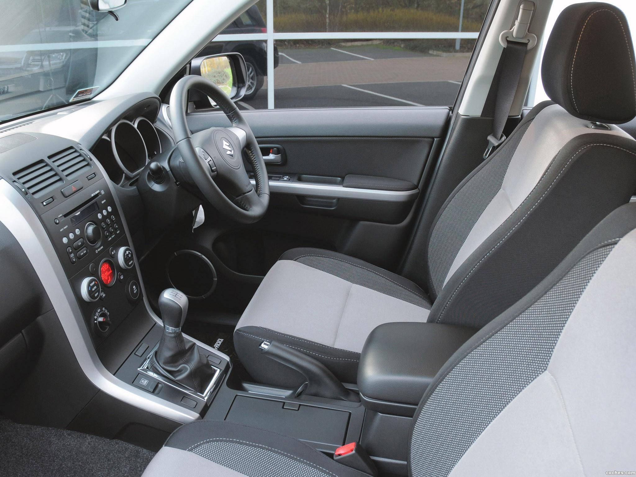 Foto 3 de Suzuki Grand Vitara SZ-T UK 2012