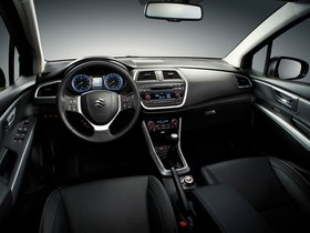Ver foto 7 de Suzuki SX4 2013
