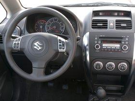 Ver foto 19 de Suzuki SX4 Sedan 2007