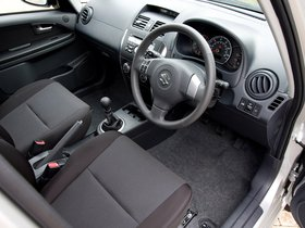 Ver foto 4 de Suzuki SX4 Sedan UK 2009