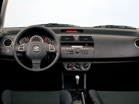 Ver foto 39 de Suzuki Swift 2005