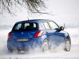 Ver foto 5 de Suzuki Swift 4x4 5 puertas 2011