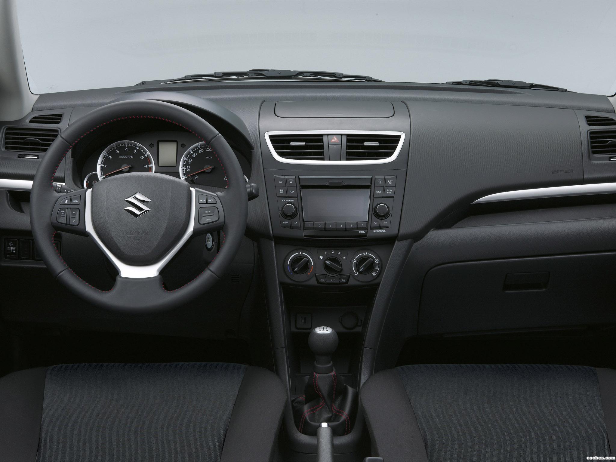 Foto 4 de Suzuki Swift Style-S 2012