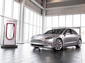 Ver foto 18 de Tesla Model 3 2016