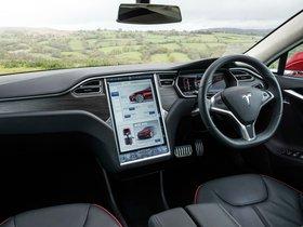 Ver foto 28 de Tesla Model S P85 UK 2014