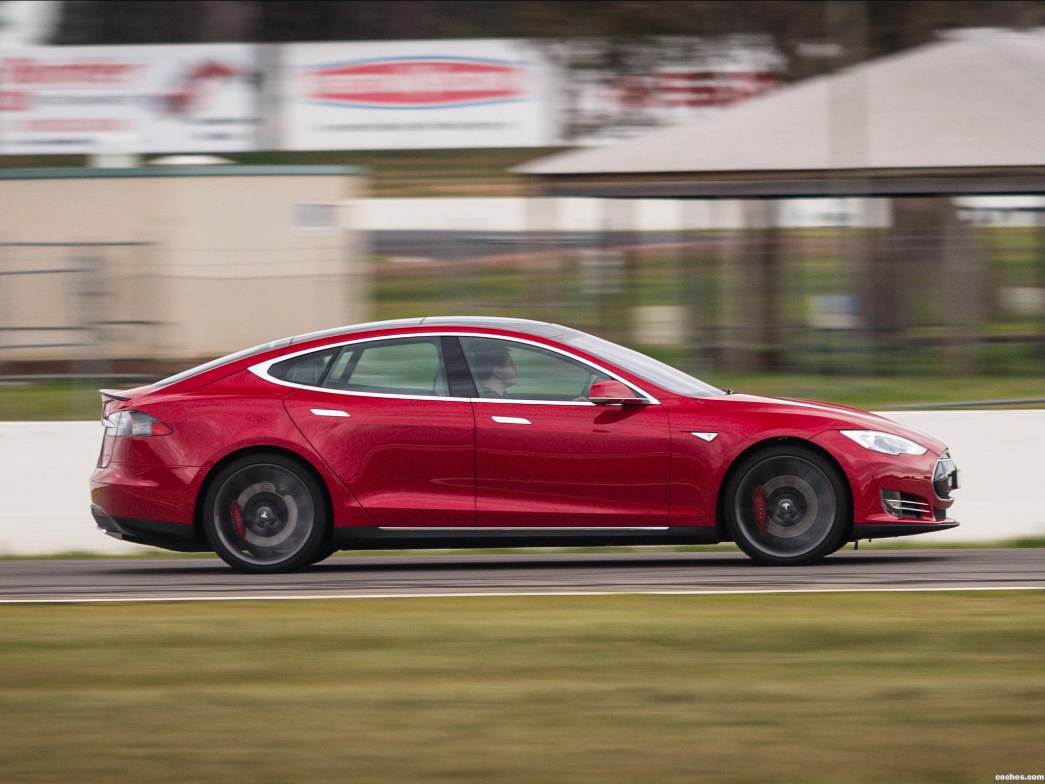 Foto 2 de Tesla Model S P85D Australia 2014