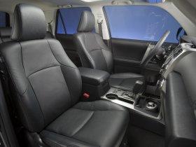 Ver foto 11 de Toyota 4Runner Limited 2010