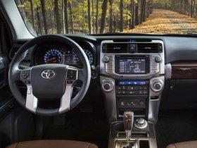 Ver foto 30 de Toyota 4Runner Limited 2013