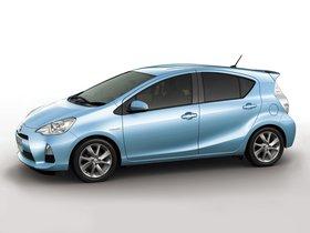 Ver foto 1 de Toyota Aqua 2012