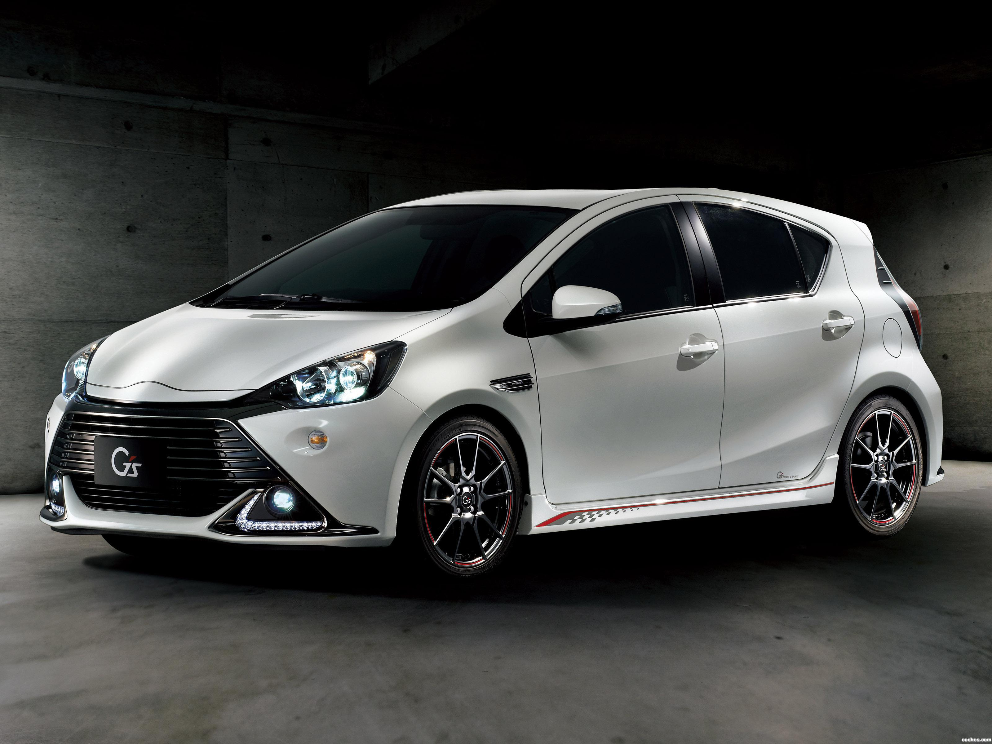 Foto 0 de Toyota Aqua G Sports 2014
