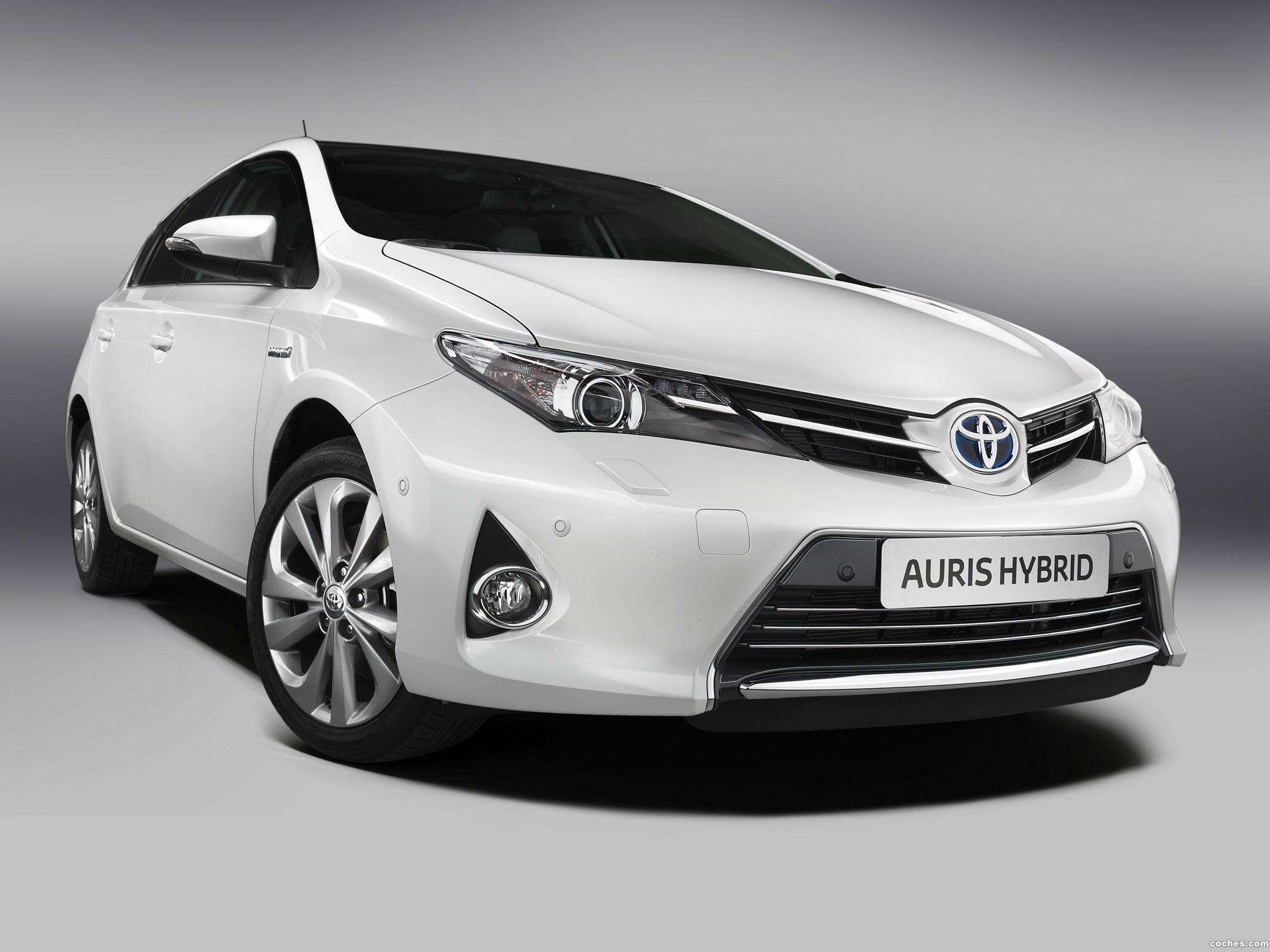 Foto 0 de Toyota Auris Hybrid 2013