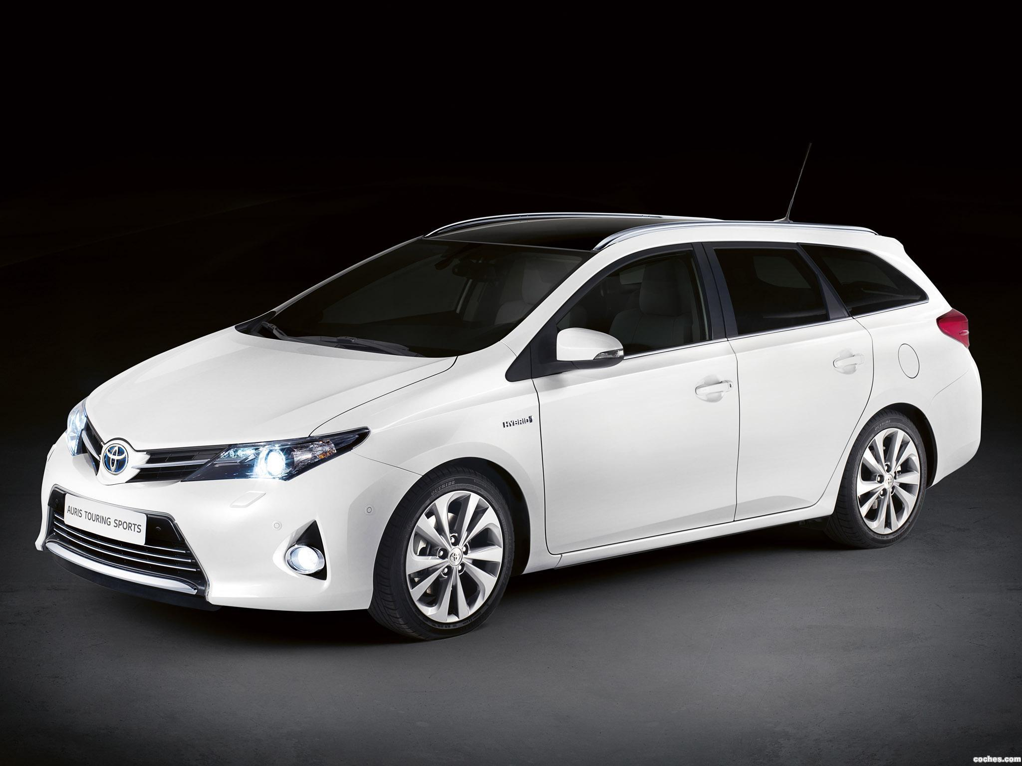 Foto 0 de Toyota Auris Touring Sports 2013