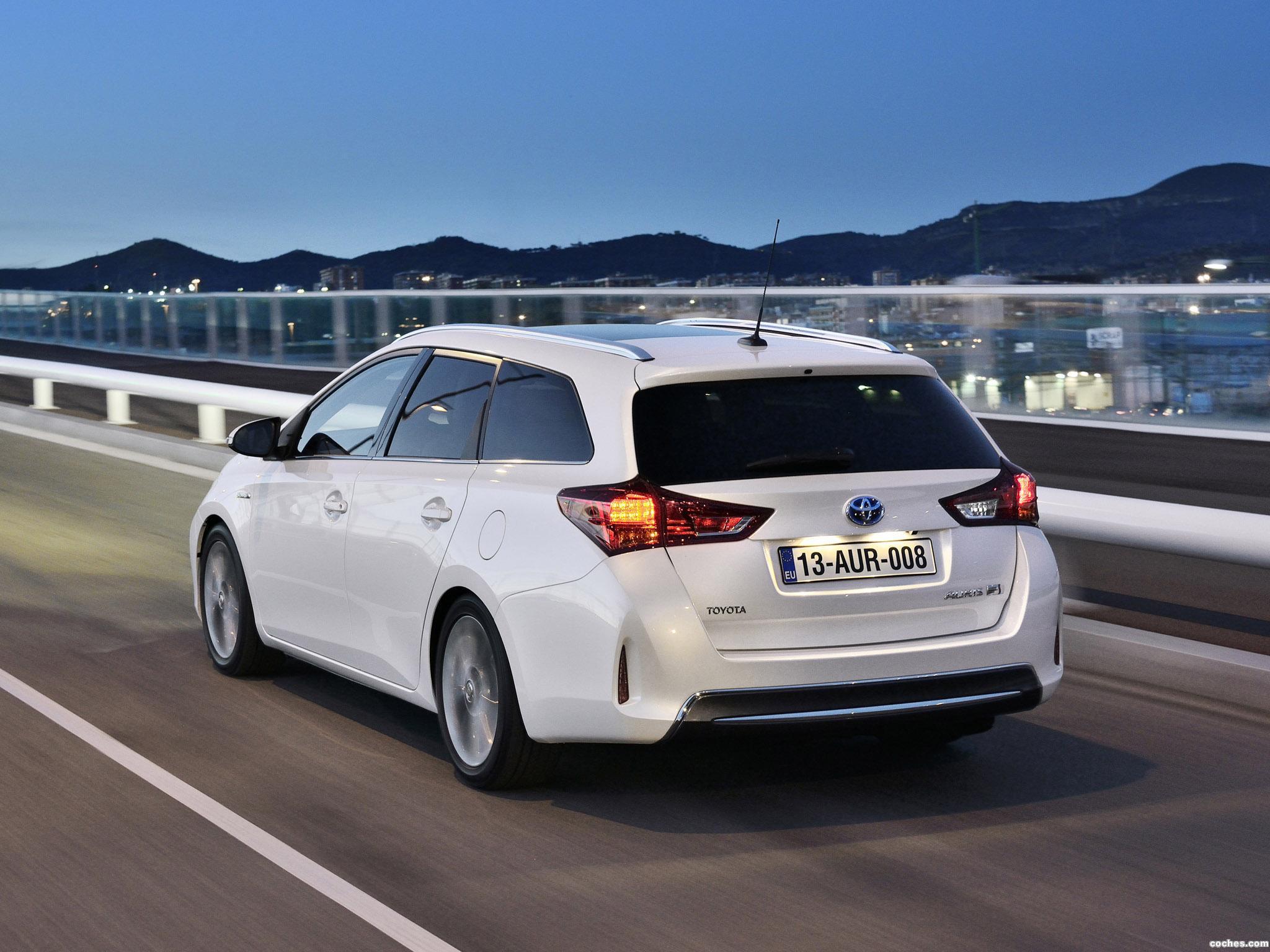 Foto 16 de Toyota Auris Touring Sports Hybrid 2013