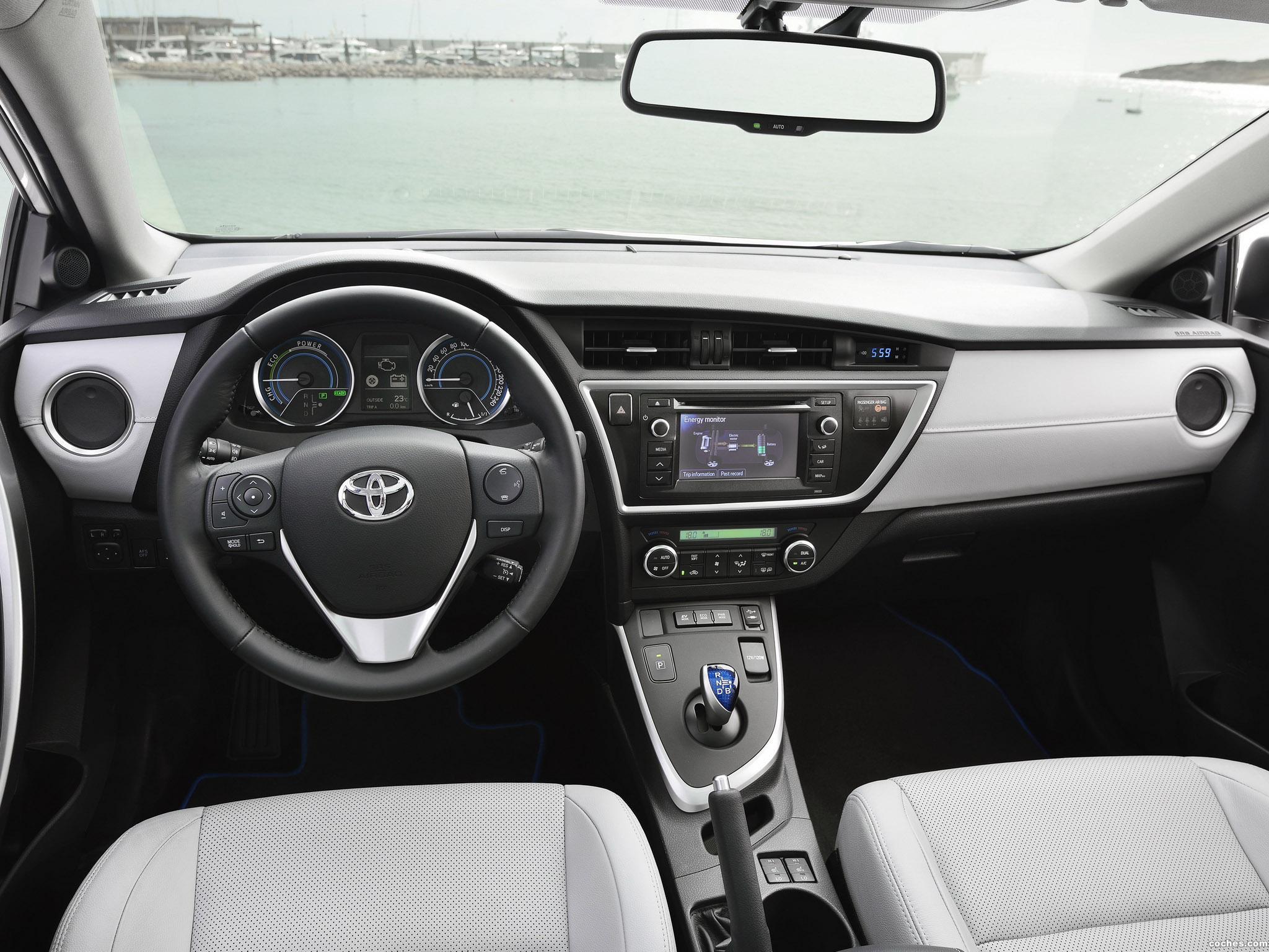 Foto 10 de Toyota Auris Touring Sports Hybrid 2013