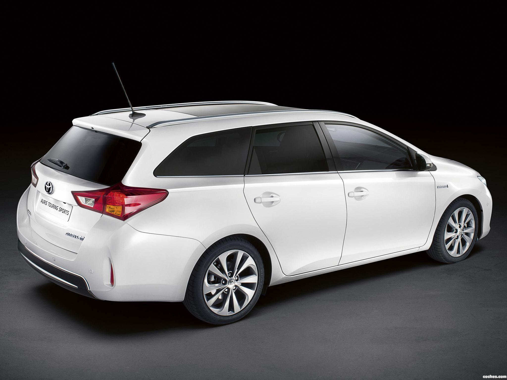 Foto 25 de Toyota Auris Touring Sports Hybrid 2013